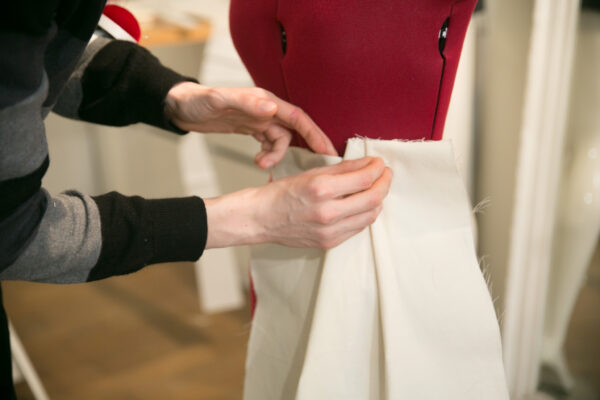 moulage d'une jupe sur mesure