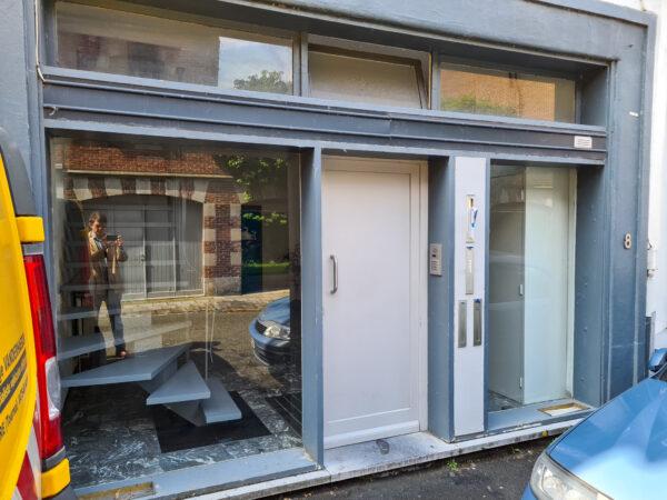 Vitrine local Coursdecouture.org Tournai