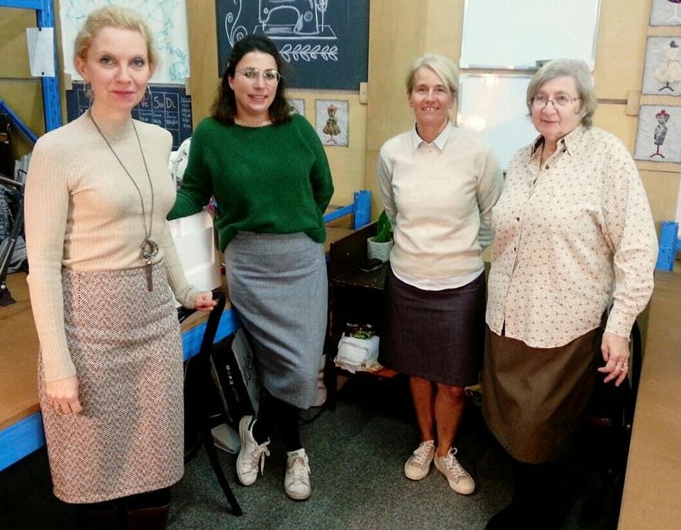 des jupes cousues par des élèves de Tournai