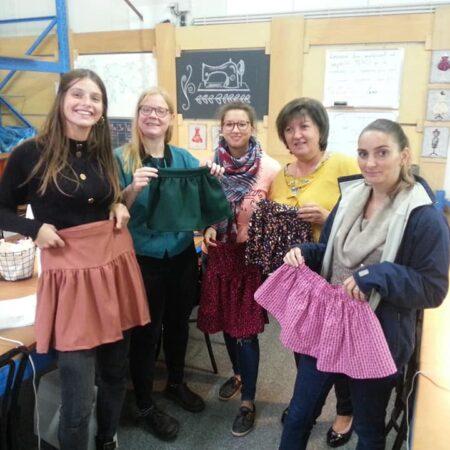 jupettes cousue par les élèves de Tournai