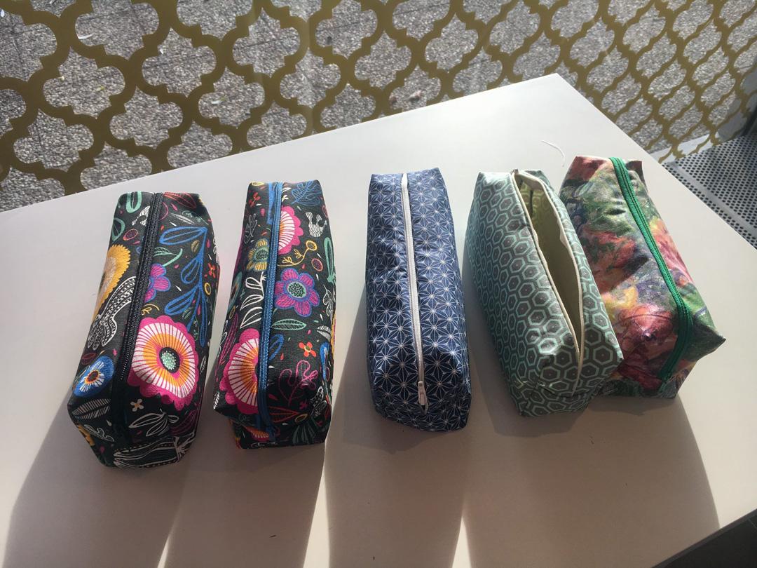 Cinq trousses réalisées cours de couture au Luxembourg