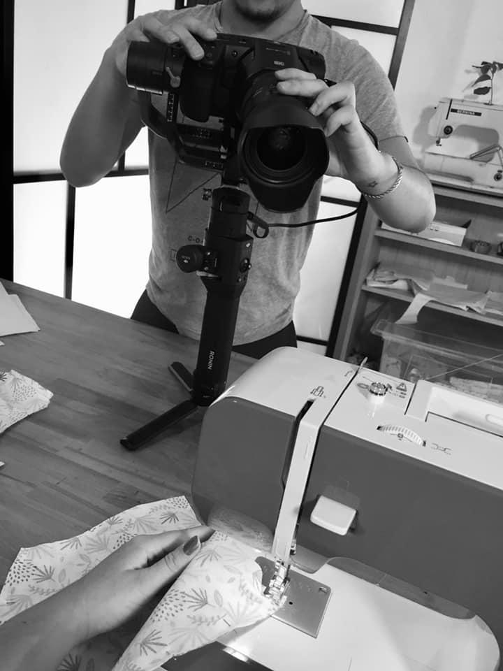 maxime filme camille pendant un cours filmé